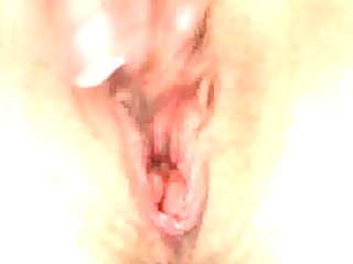 sexy amature wife masterbates for you