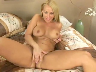 Older mother id like to fuck masturbates and cums