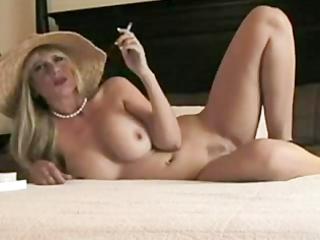 Blonde smoking milf wants fucked