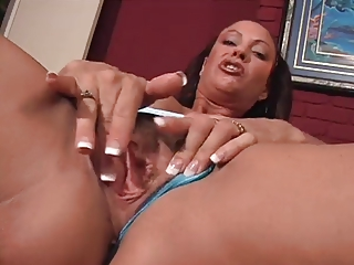 hot milf solo masrurbation