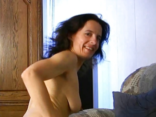 Mature Fetisha plays with her pussy