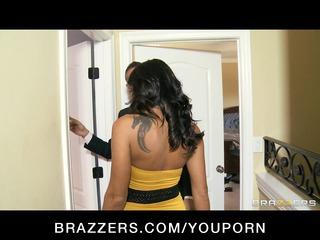 Tattooed brunette MILF Lezley Zen takes on two