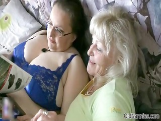 Mature fat woman gets her tits rubbed part2