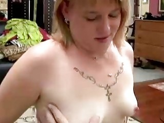 Cute chubby MILF gives a great blowjob