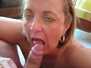 Chunky aged gives oral job