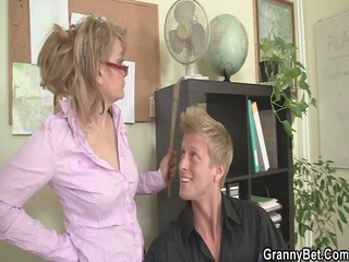 Office lady gives head and gets nailed at the