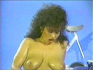 Keisha Dominguez-Vintage Solo