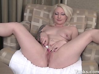 solo experienced milf