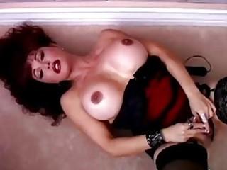 Beautiful mature latina Vanessa Bella