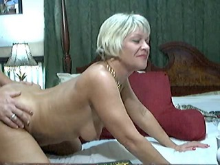 Hot Blonde Mature on cam
