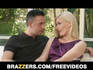 Lonely blond wife Darryl Hanah calls an old