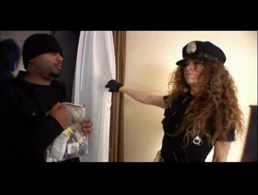 Mature police officer milf bangs black criminal