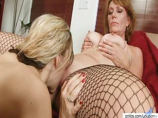 Amateur Mature Lesbians Double Dildo