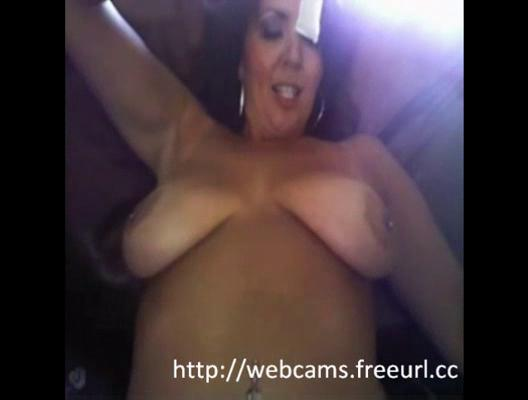 Sexy milf with big tits webcam masturbation