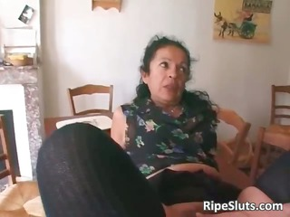 Horny mature slut double fucked as one