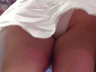 Upskirt : Mature in white skirt &; white