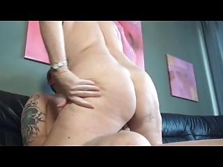German Mature Fucking On The Couch