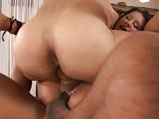 Double Penetration MILFs in Heat