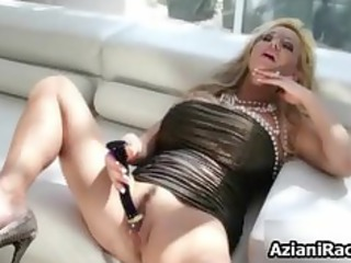 Blonde cougar mom with her huge part6