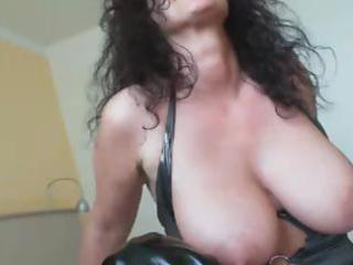 Dirty Milf Solo