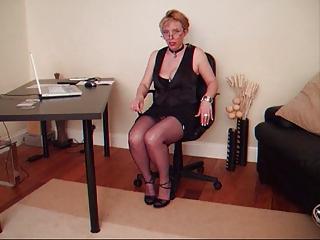 MILF in Nylon Stockings