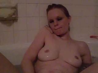 horny single mom playing in the bathtub
