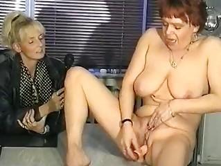 German interviewer helps MILF masturbate